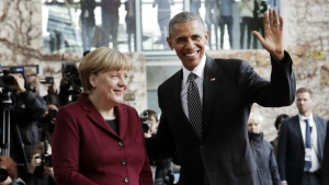 U.S. President Barack Obama is welcomed by German Chancellor Angela Merkel prior to a meeting of the government heads of Germany, France, Italy, Spain and Britain with U.S. President Obama in the chancellery in Berlin, Germany on Friday, Nov. 18, 2016. (AP / Markus Schreiber)