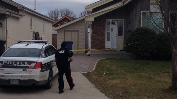 Man shot after answering his door: Winnipeg police
