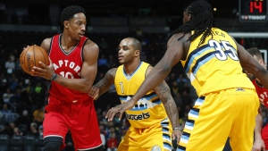 Toronto Raptors guard DeMar DeRozan, left, looks to pass the ball as Denver Nuggets guard Jameer Nelson, center, and forward Kenneth Faried defend in the first half of an NBA basketball game Friday, Nov. 18, 2016, in Denver. (AP / David Zalubowski)