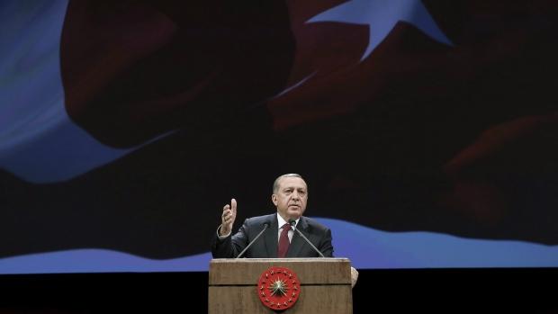 Erdogan piles pressure on European Union over accession talks