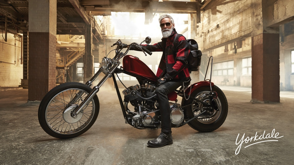 Yorkdale Shopping Centre has unveiled its new Fashion Santa, model Adam Martin. (Yorkdale Shopping Centre)