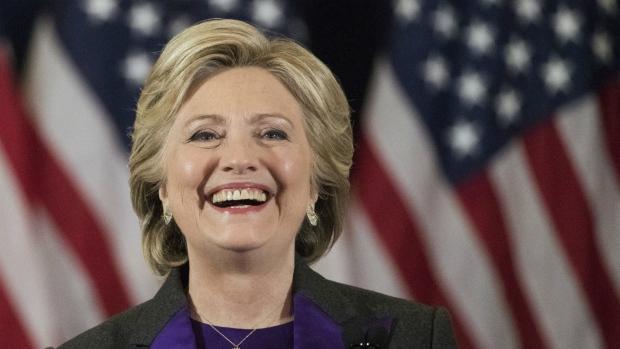 Clinton urged to seek recount