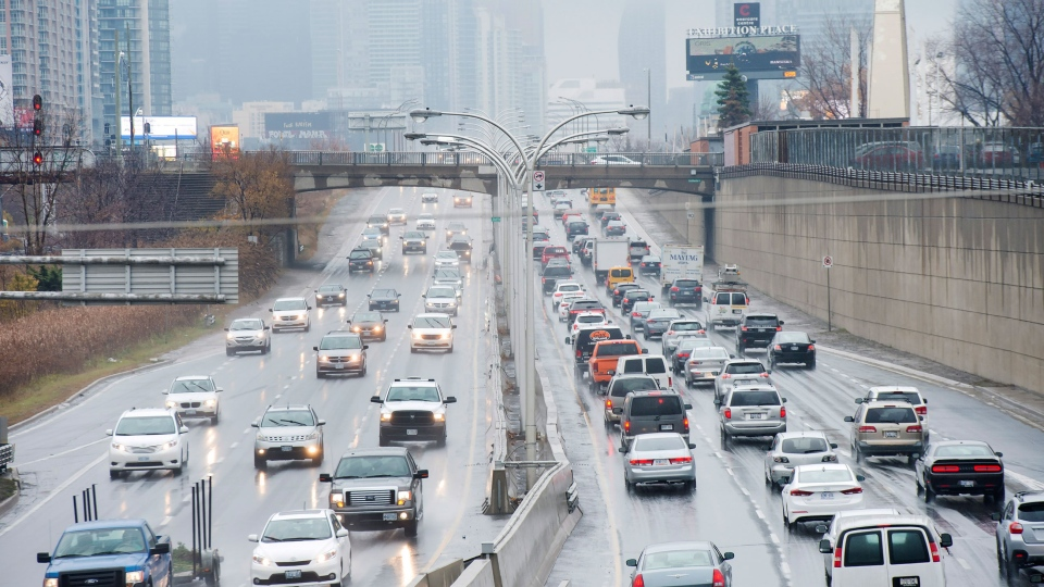 Vehicles driving on the Gardiner Expressway in Toronto on Nov. 24, 2016. (Nathan Denette/The Canadian Press)