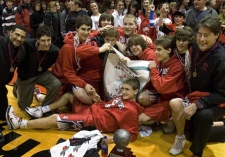 The Bathurst High School boy's basketball team celebrates after winning the provincial AA championship in Fredericton, N.B. on Saturday, Feb. 21, 2009. (THE CANADIAN PRESS / Andrew Vaughan)