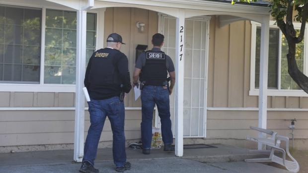 California inmates Chavez, Campbell escape