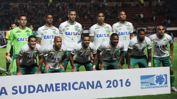Chapecoense players pose