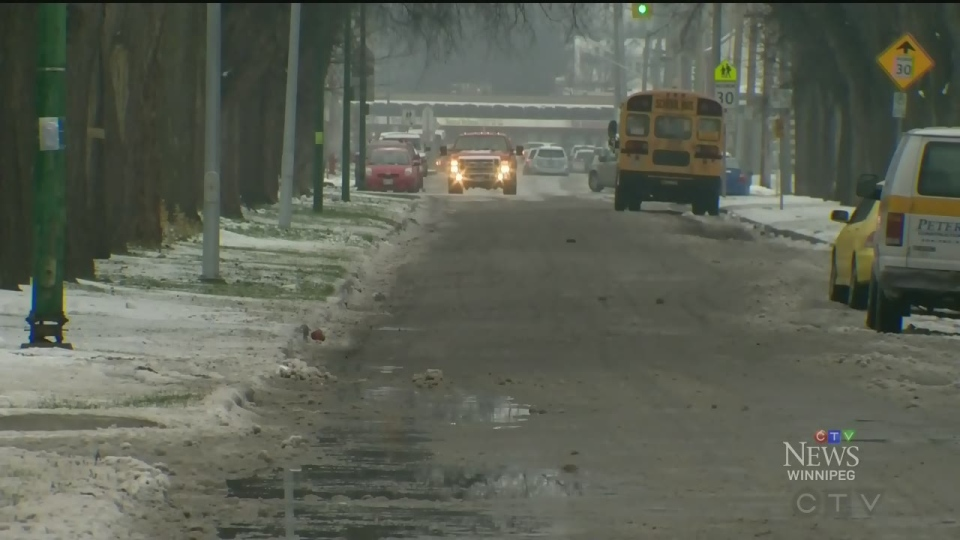 Winnipeg road budget under fire