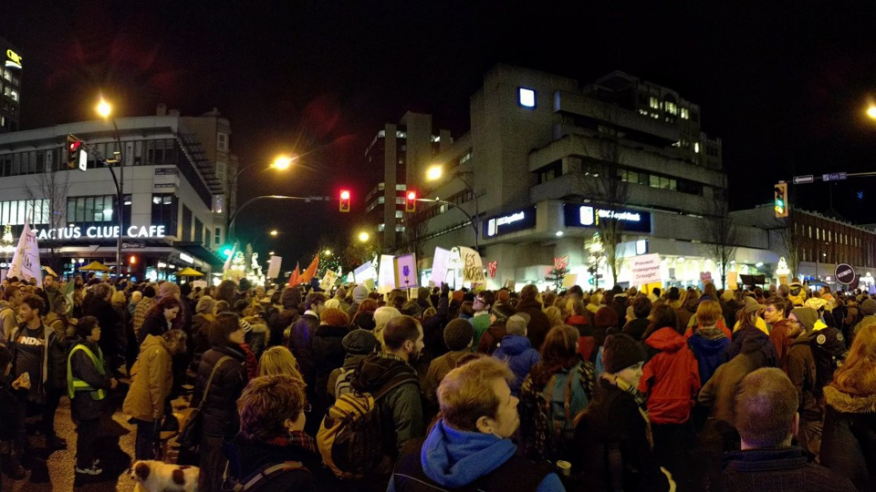 Hundreds of people took over Douglas Street in downtown Victoria to support First Nations in North Dakota, who are trying to block construction of the Dakota Access Pipeline. Dec. 1, 2016. (Twitter/@_D_M_A)