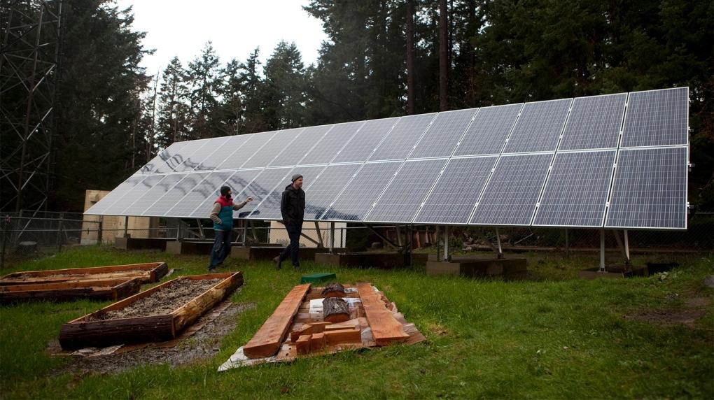 lasqueti island solar power