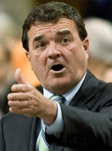 Finance Minister Jim Flaherty responds to a question during question period in the House of Commons on Parliament Hill in Ottawa, June 5, 2007. (CP / Tom Hanson)
