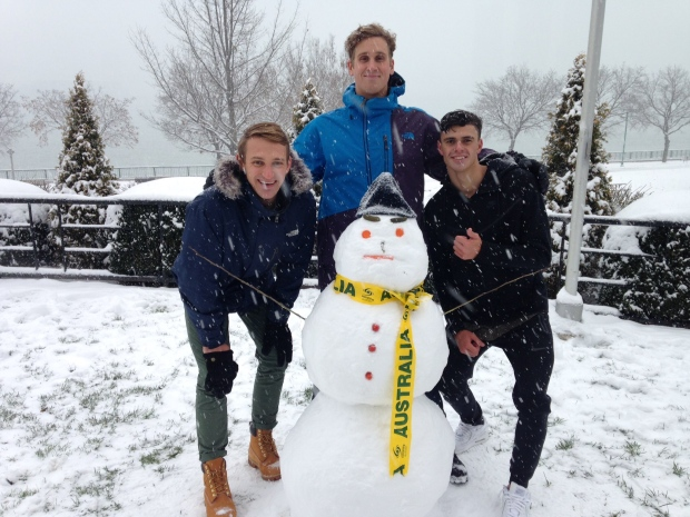 Australian FINA swimmers are embracing snow they've never seen before in Windsor, Ont., on Sunday, Dec. 11, 2016. (Chris Campbell /CTV Windsor)