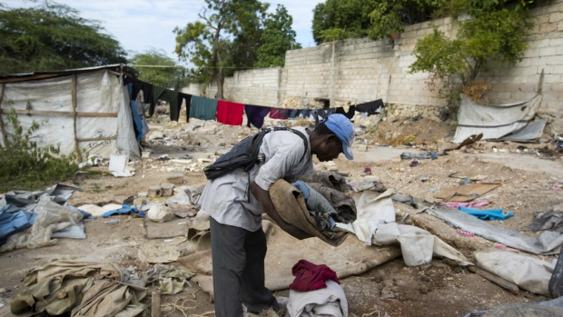 Thousands stuck in tent camps in Haiti