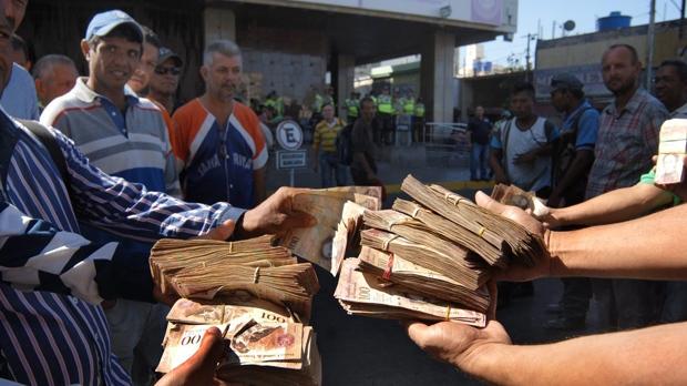 Bolivar bills