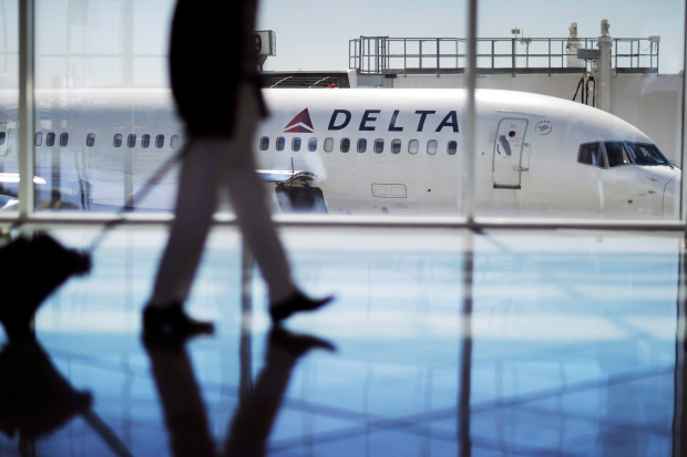 US Airlines Cancel, Delay Flights Because of Aerodata Outage