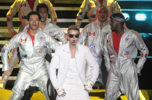 In this Nov. 10, 2013 file photo, Canada's pop star Justin Bieber performs in concert during his Believe world tour in Buenos Aires, Argentina. (AP Photo/DyN, Pablo Molina, File)