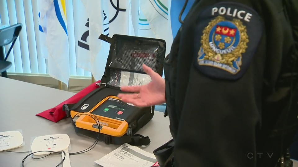 Defibrillators are now available in all high schools in Quebec