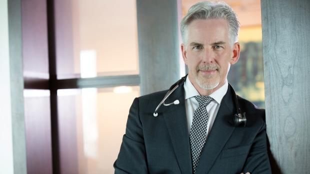 Dr. Robert Bristow