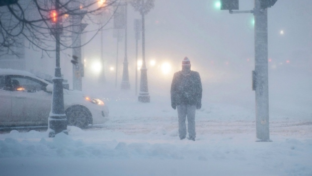 City calls on Winnipeggers to help those left out in extreme cold