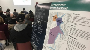 Masters students in the City Planning program at the University of Manitoba present their preliminary findings to Fort Richmond residents Jan. 11, 2017.