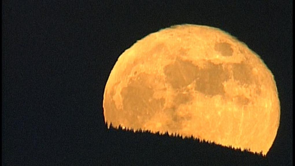 red moon 2019 winnipeg - photo #39