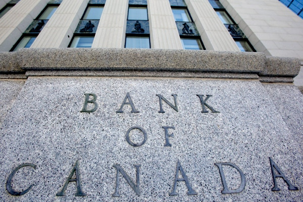 A sign in front of the Bank of Canada building is shown in Ottawa, on Tuesday, March 3, 2009. (THE CANADIAN PRESS/Tom Hanson)