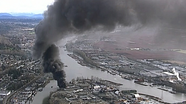 Fire on Mitchell Island sends plume of smoke over Fraser River