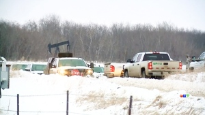 Oil leak spills 200,000 litres in south Sask.