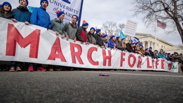 Anti-abortion activists 'march for life' in Washington
