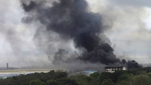 More than 100 injured in fire at huge factory in Philippines