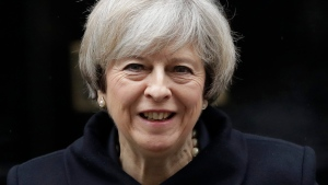 British Prime Minister Theresa May leaves 10 Downing Street in London, to attend Prime Minister's Questions at the Houses of Parliament, Wednesday, Feb. 1, 2017. (AP Photo / Matt Dunham)