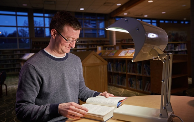 Light therapy at Toronto libraries