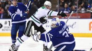 Toronto Maple Leafs goalie Curtis McElhinney makes a save against the Dallas Stars during first period NHL action in Toronto on Tuesday, Feb. 7, 2017. (Frank Gunn / THE CANADIAN PRESS)
