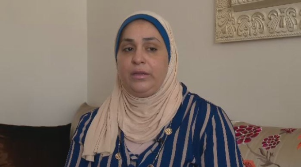south shore muslim A south shore woman was denied entry after being held up at the border for four hours as us border guards questioned her about her religion.
