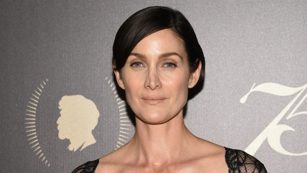 Carrie-Anne Moss Nude Photos 62