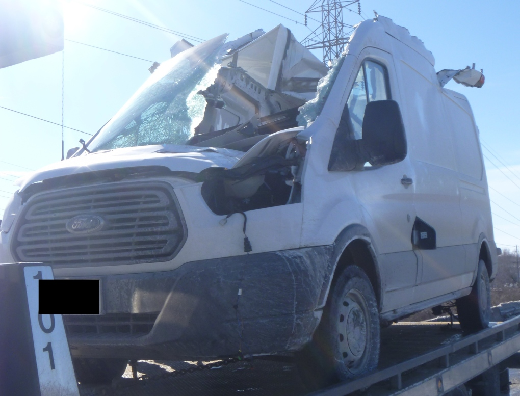 Man killed after van struck by flying tractor-trailer wheel on 417 ...