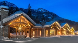 """Ever wanted a sneak peek inside a $19.9-million Whistler, B.C. luxury home? This nine-bedroom, 7.5-bathroom, more than 9,700-square-foot mansion comes with a guest house and separate staff residence. The home has stunning mountain views, is located on more than 5.5 acres of land, and features a hot tub, infinity pool, and nearly 2,000 square-feet of outdoor living space. <a href=""""http://www.realestateinwhistler.com/real-estate-listing/5425-stonebridge-drive-whistler/"""" target=""""_blank"""">(John Ryan/Whistler Real Estate Corporation).</a>"""
