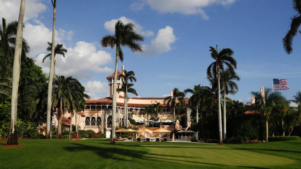Mar-a-Lago is seen from the media van window in Palm Beach, Fla. on Nov. 27, 2016. (AP / Carolyn Kaster)