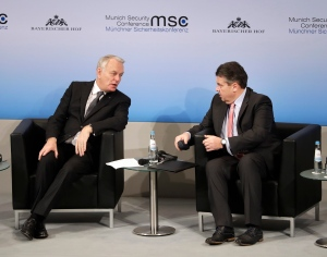 French foreign minister Jean-Marc Ayrault, left, and German foreign minister Sigmar Gabriel talk during the Munich Security Conference in Munich, Germany, Saturday, Feb. 18, 2017.  (AP / Matthias Schrader)