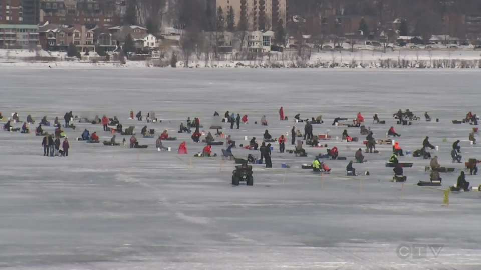 More than seven hundred people ice fish on lake simcoe for for Ice fishing tournament