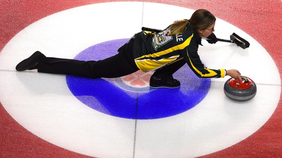 Northern Ontario skip Krista McCarville at the Scotties Tournament of Hearts in St. Catharines, Ont., on Feb. 20, 2017. (Sean Kilpatrick / THE CANADIAN PRESS)