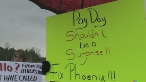 Protesting the Phoenix pay system