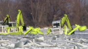 Manitoba crews start ice chopping