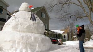 CTV National News: Giant snowman