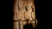 Rare sun phenomenon illuminates Ramses II statue