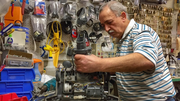 Steve Attiyat, owner of Canada Vacuum, has been in the vacuum repair business for 35 years. (Jon Hendricks/CTV Winnipeg)