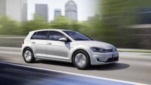 2017 Volkswagen e-Golf (Volkswagen)