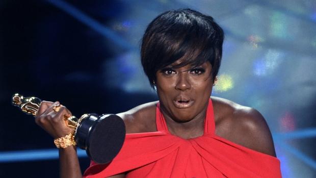 Viola Davis wins best supporting actress