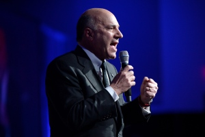 Kevin O'Leary speaks during a Conservative Party leadership debate at the Manning Centre conference, on Friday, Feb. 24, 2017 in Ottawa. (THE CANADIAN PRESS/Justin Tang)