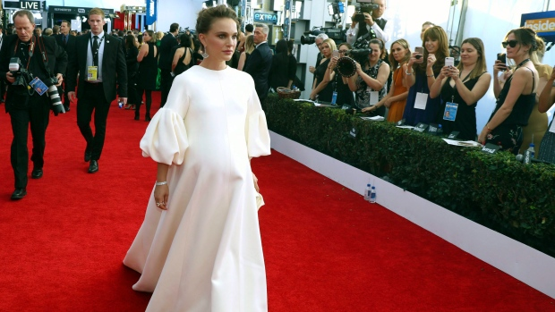 Natalie Portman arrives at the 23rd annual Screen Actors Guild Awards at the Shrine Auditorium & Expo Hall,  in Los Angeles, on Sunday, Jan. 29, 2017. (Photo by Matt Sayles/Invision/AP)