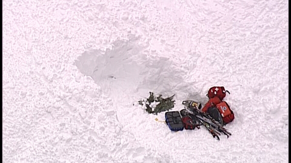 One of the skiers was able to locate his friend and dig him out. (CTV/Chopper 9)